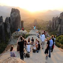 3 Days/2 Nights Tour from Athens to Meteora and Delphi