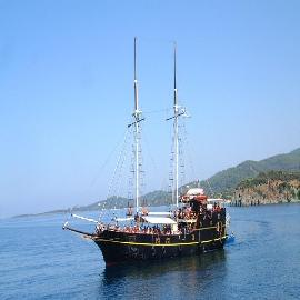 Bay Cruise-Sightseeing Cruise Including Marathi Beach (Light Lunch Included)